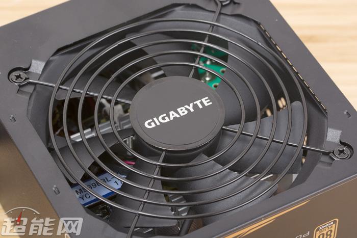 技嘉P650B电源评测:值得一试的主流级中瓦数铜牌电源